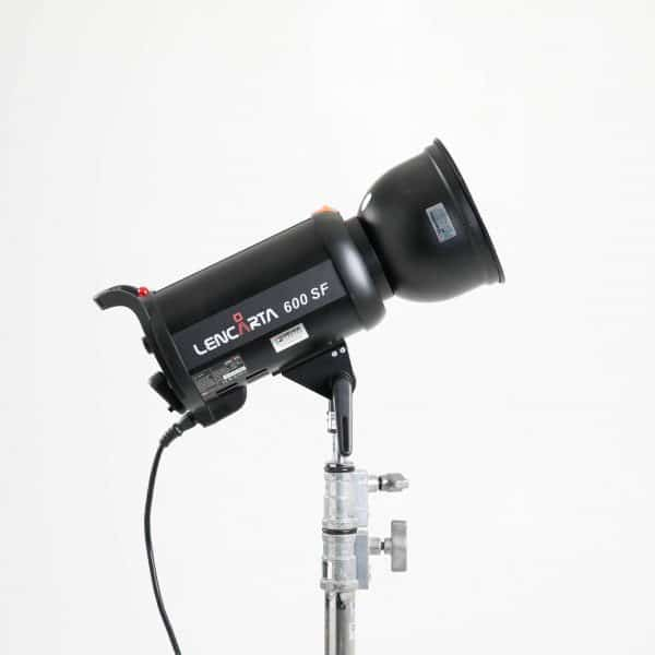 lencarta-600w-flash-light-rent-in-london